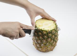 パイナップルの切り方2