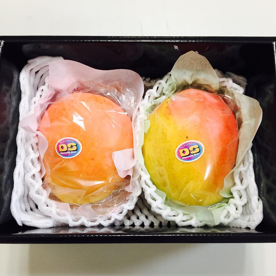 ピーチマンゴー装飾色比べ1