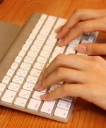 メールにて問い合わせしたいのですがメールアドレスはどちらに書かれていますでしょうか。